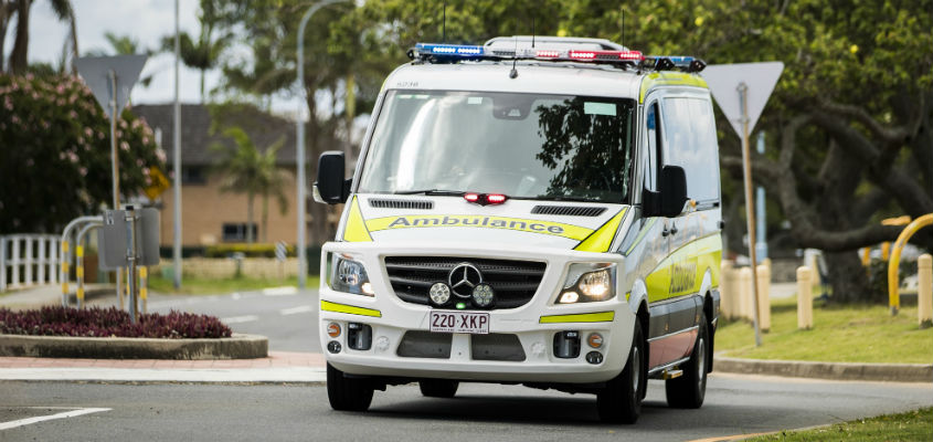 Ambulance_QLD.jpgambo.jpg